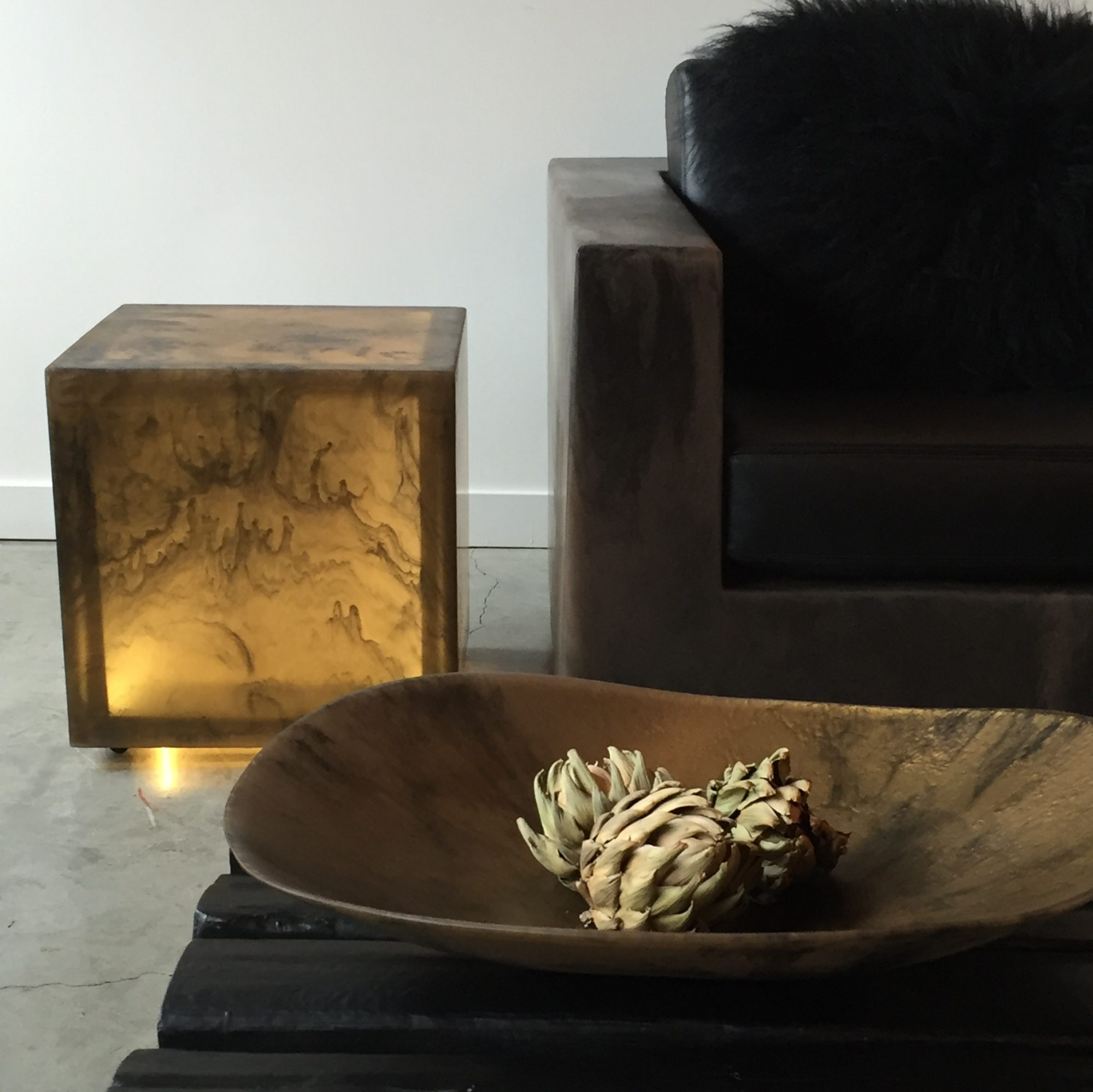CHIEF CUBE SIDE TABLE